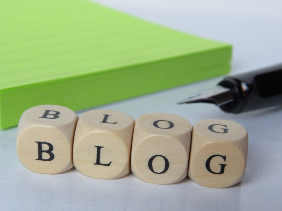 firmowy blog porady cele zalety przyklady
